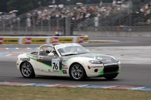 Jim Daniels captures his third MX-5 Cup win of 2006 at Portland International Raceway.